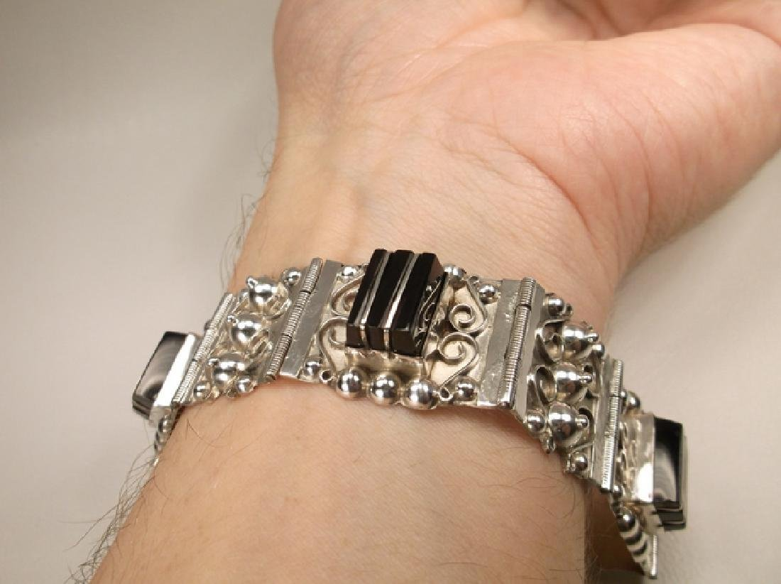 Stunn Antique Taxco Sterling Silver Onyx Panel Bracelet - 9