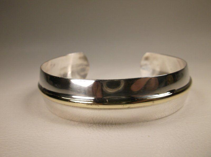 Gorgeous Vintage Sterling Silver Cuff Bracelet 925
