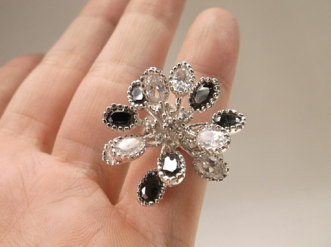 Gorgeous Black & White Crystal Cocktail Ring in Size 7 - 4