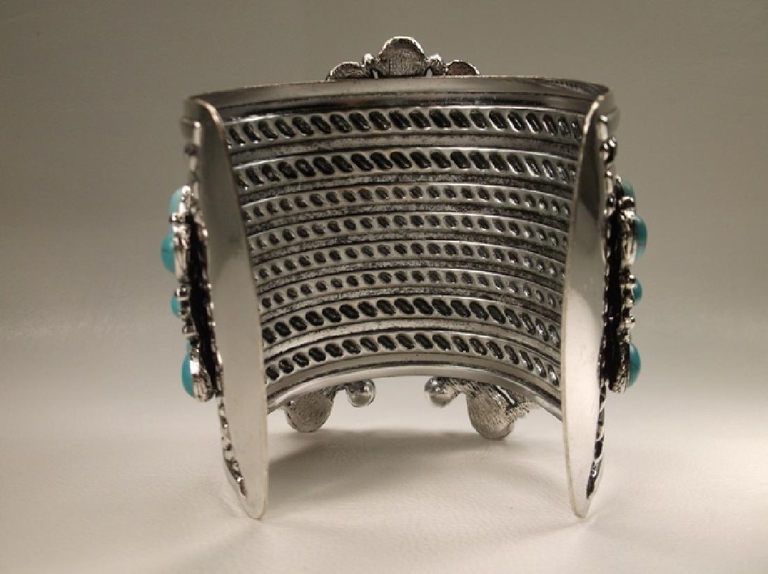 Gorgeous Huge Southwestern Cuff Bracelet 7.5 Inch - 4