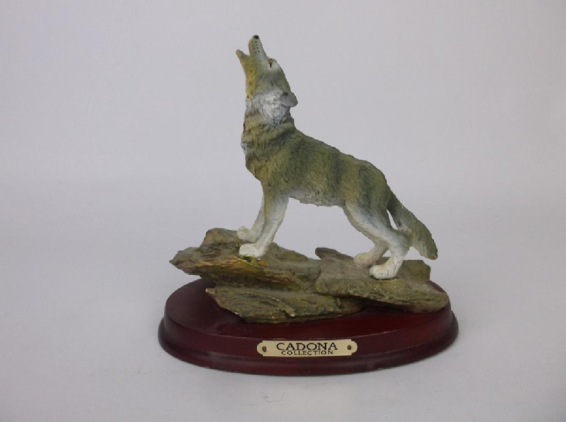 Gorgeous Wolf Statue