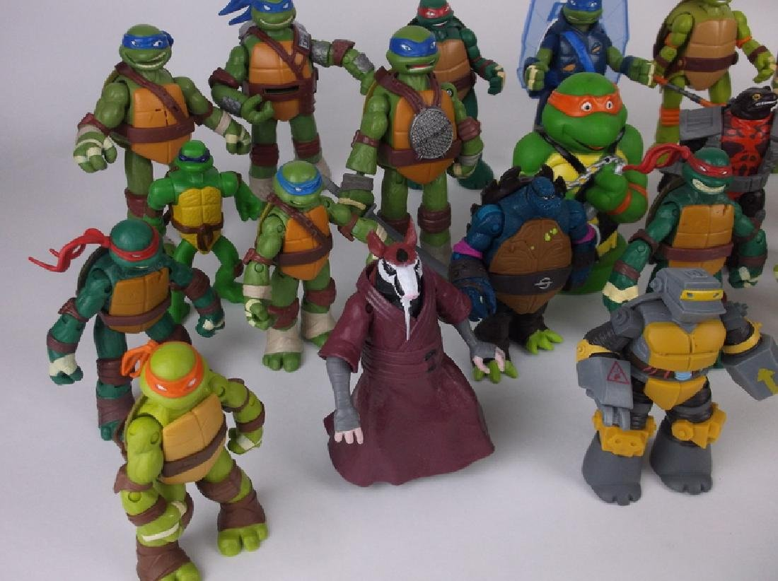 HUGE TMNT Teenage Mutant Ninja Turtles Lot - 2