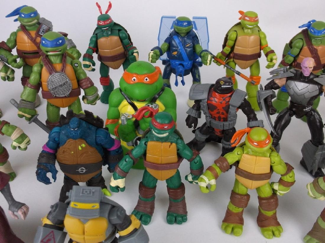 HUGE TMNT Teenage Mutant Ninja Turtles Lot - 3