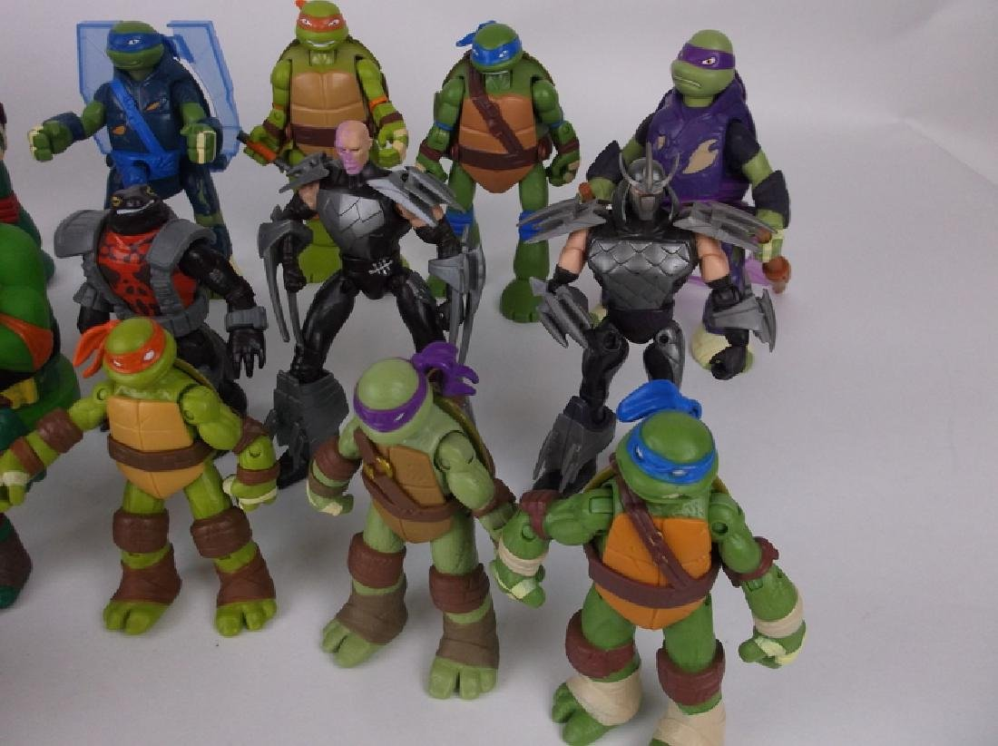 HUGE TMNT Teenage Mutant Ninja Turtles Lot - 4