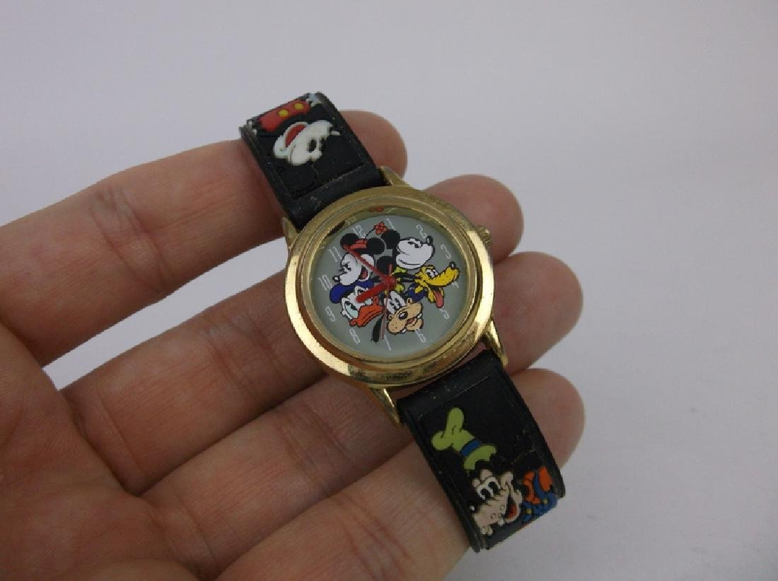 Disney Mickey Mouse Wristwatch Works Great - 2