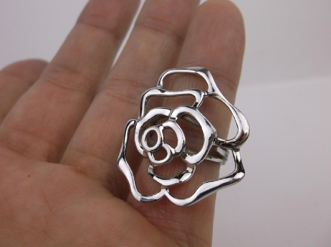 Gorgeous Large Sterling Silver Flower Ring 7