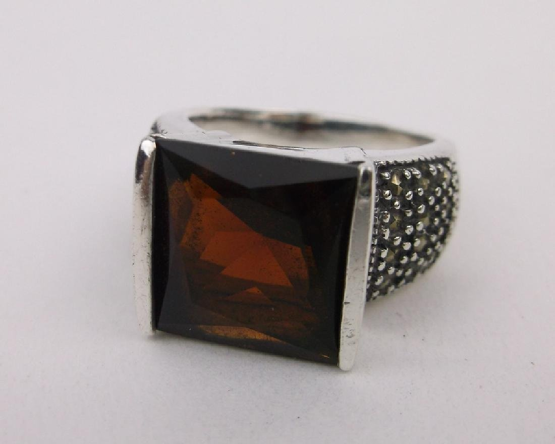 Stunn Sterling Silver Red Stone Ring 7