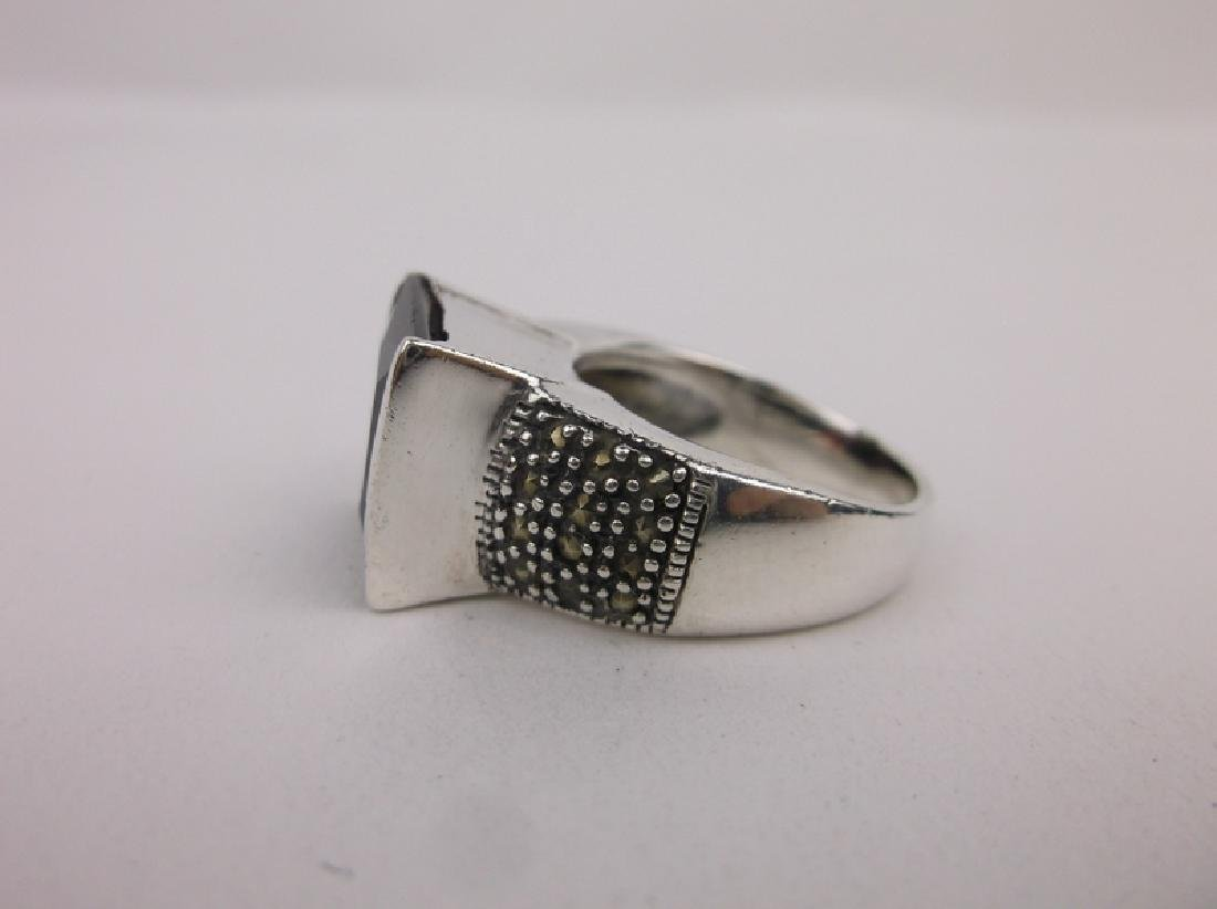 Stunn Sterling Silver Red Stone Ring 7 - 2