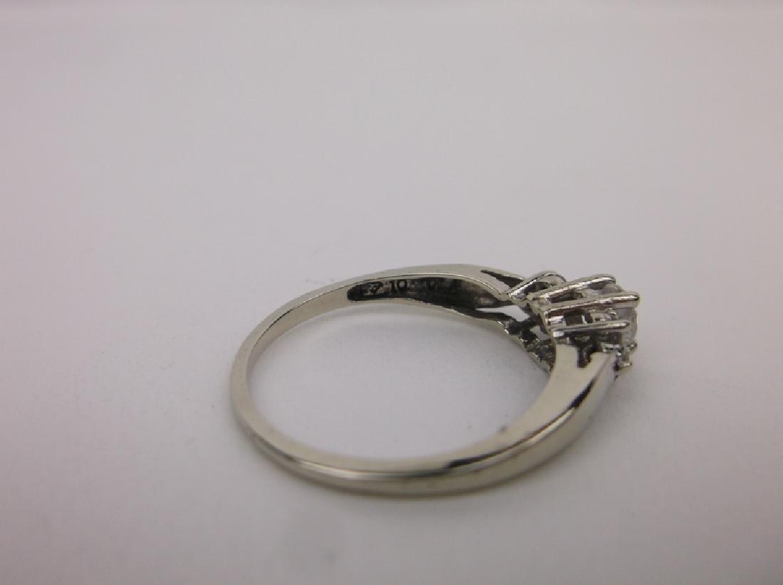 Stunning 10kt White Gold Engagement Ring 6.5 - 4