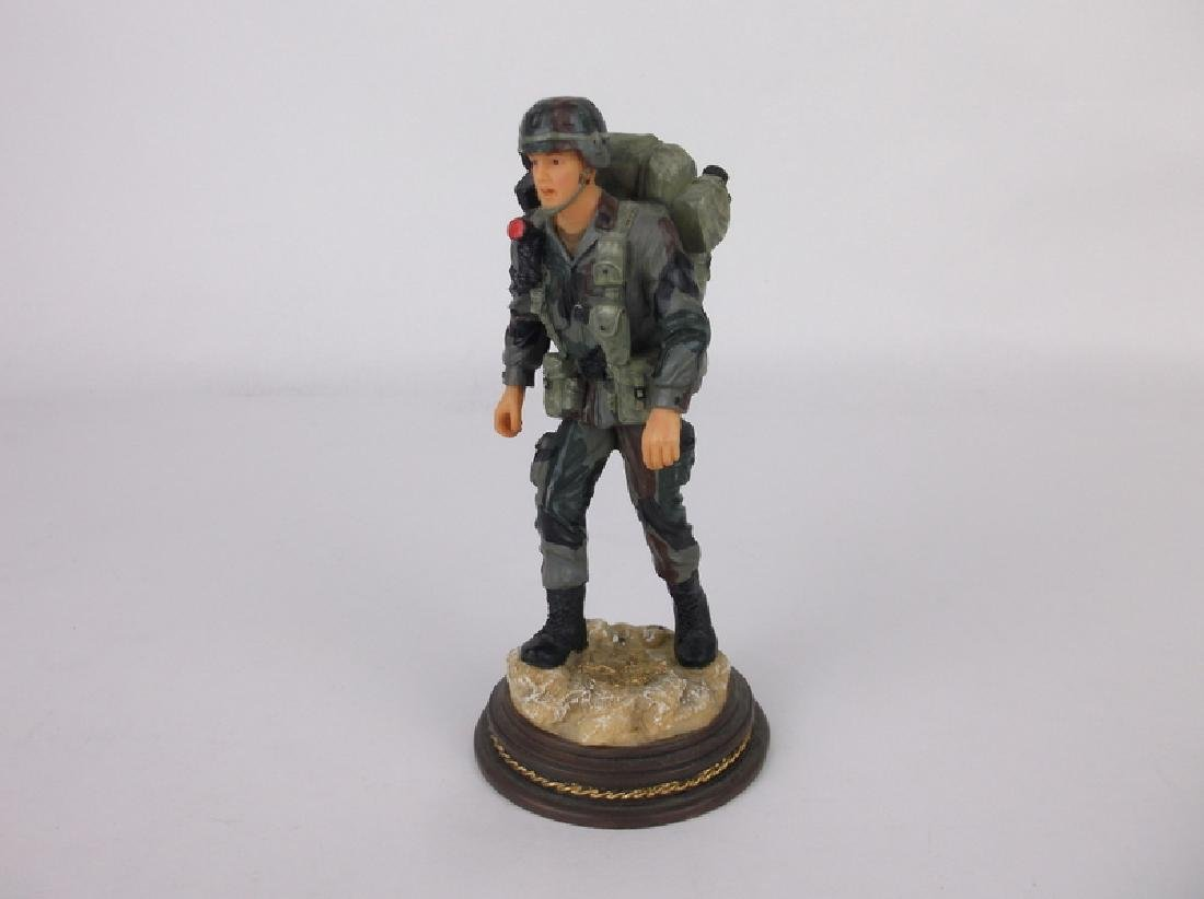 American Heroes Soldier Statue /2500 Limited Ed