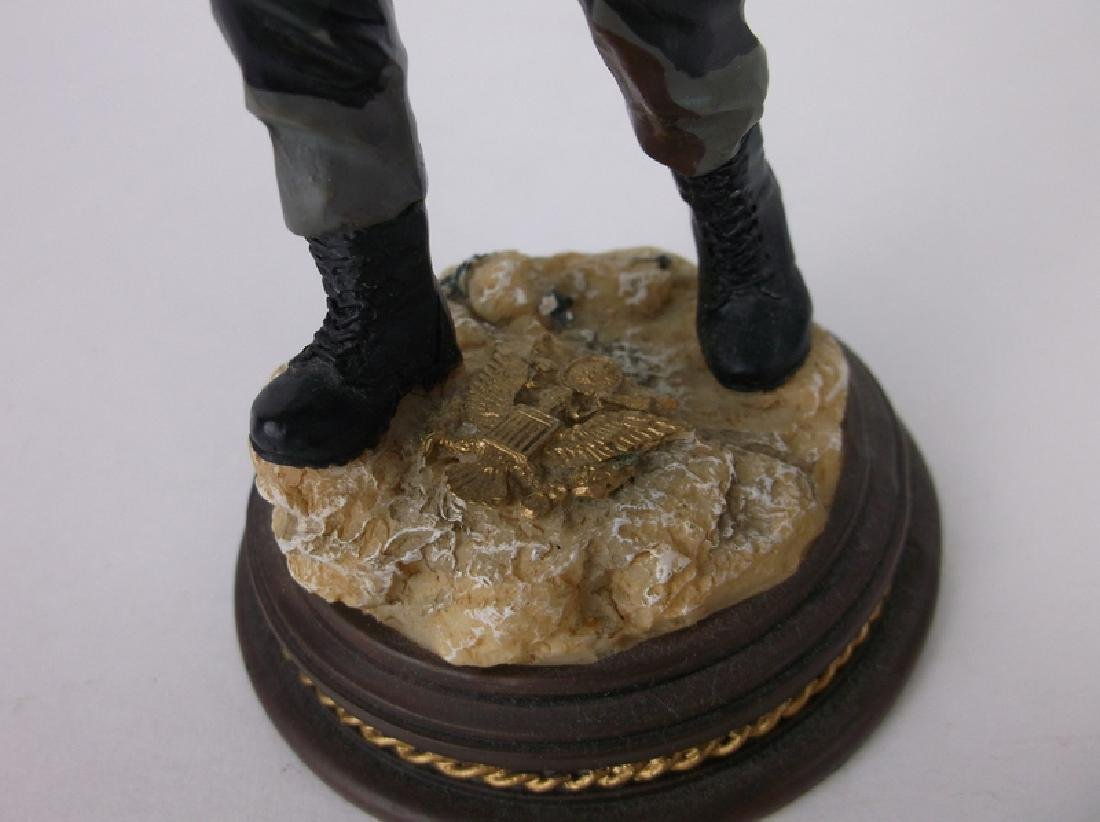 American Heroes Soldier Statue /2500 Limited Ed - 2