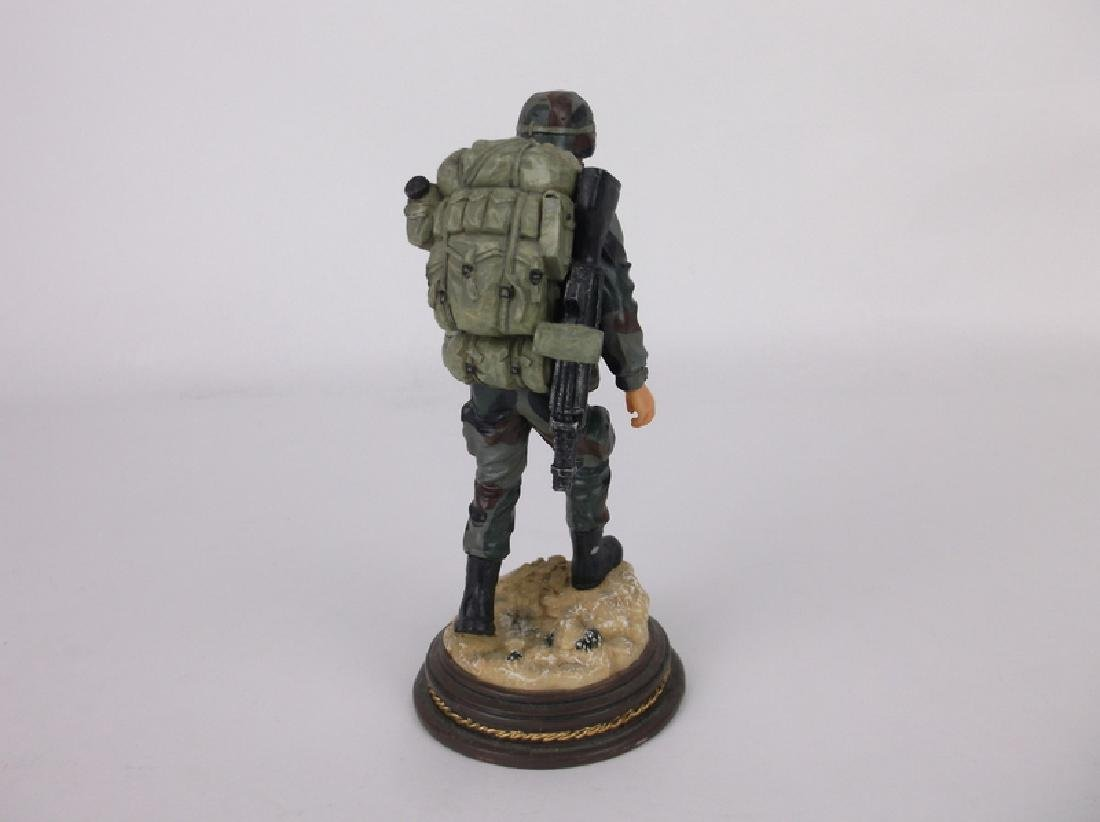 American Heroes Soldier Statue /2500 Limited Ed - 3
