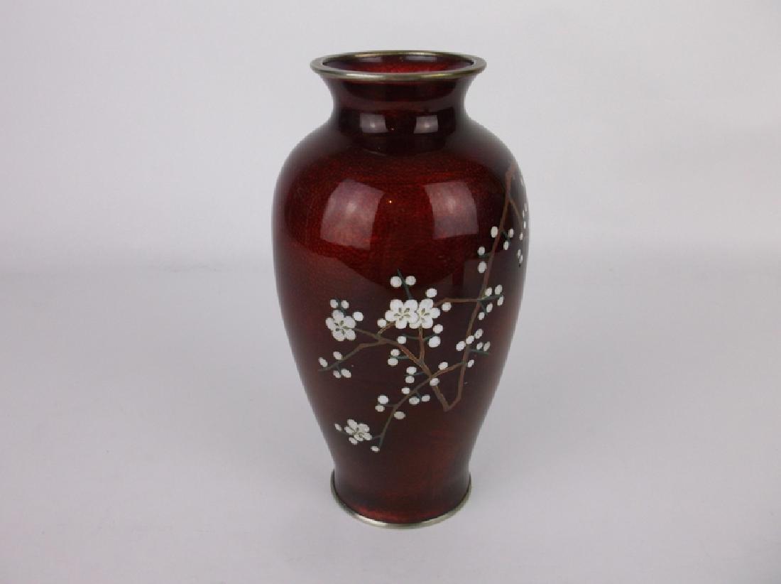 Yamamoto Pigeon Blood Cloisonné Ginbari Vase