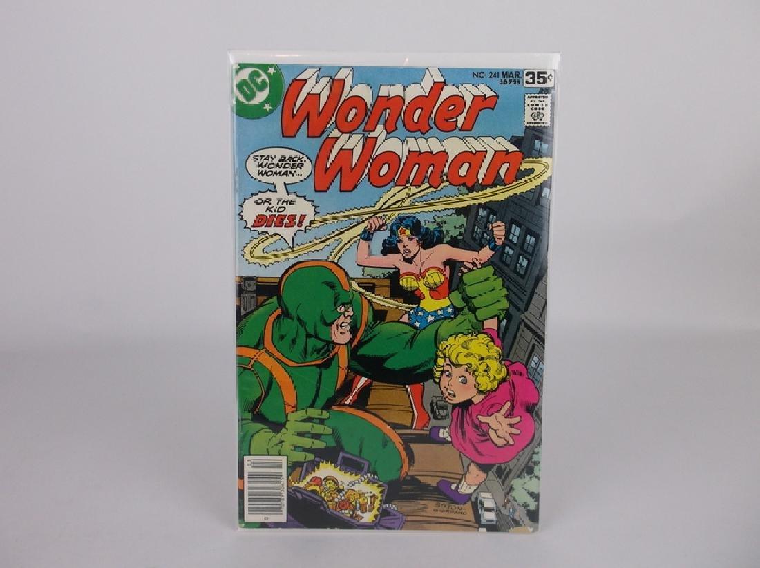 Nice 1978 DC Wonder Woman Comic Book #241