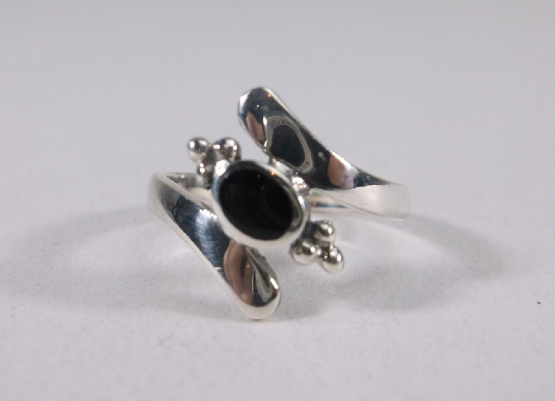 Stunning Sterling Silver Onyx Ring Size 5