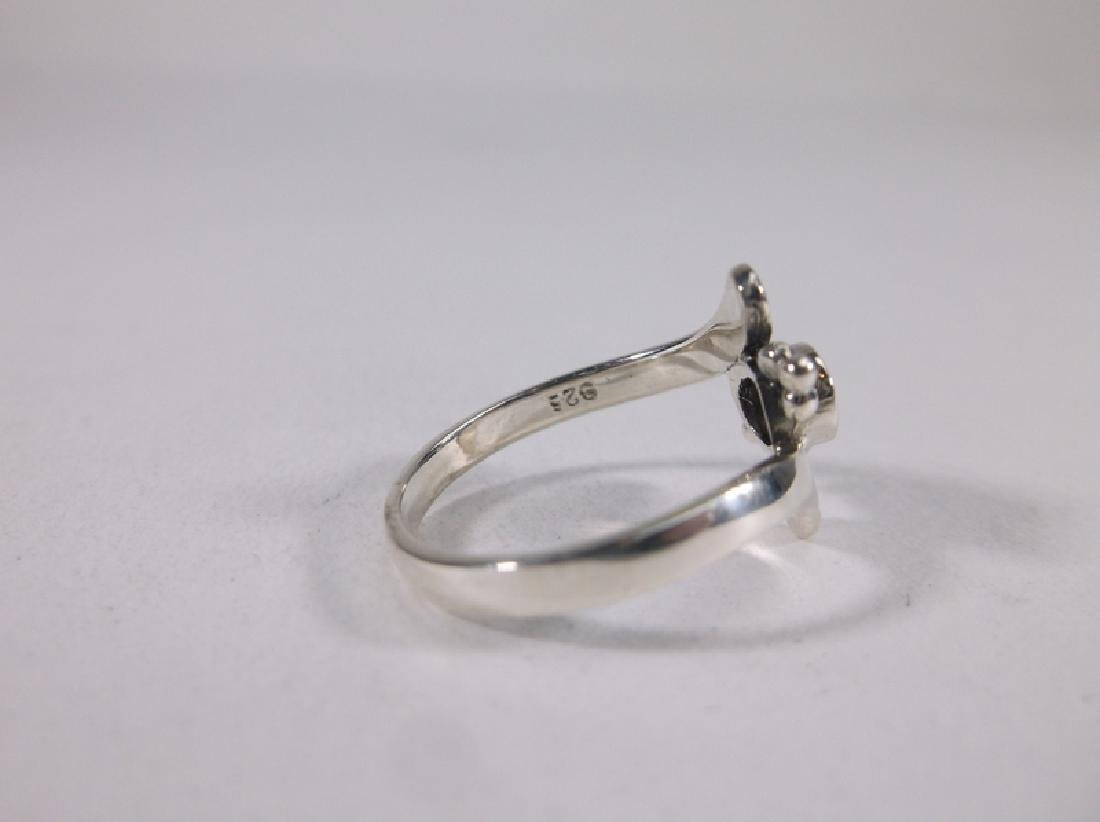 Stunning Sterling Silver Onyx Ring Size 5 - 2