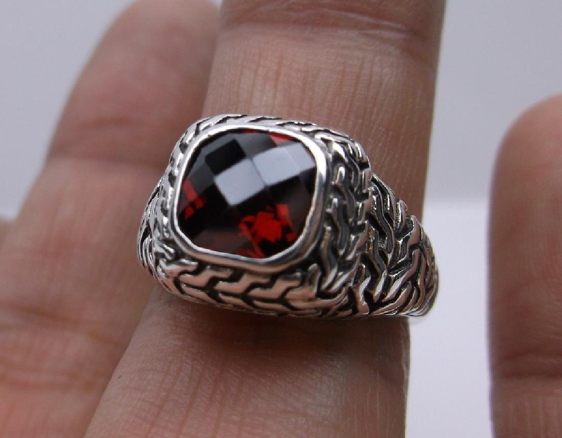 Stunning Sterling Silver Red Stone Ring 7