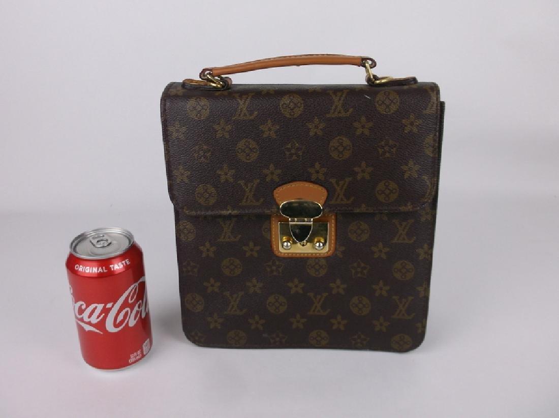 Gorgeous Louis Vuitton Leather Handbag Purse Side Opens - 4