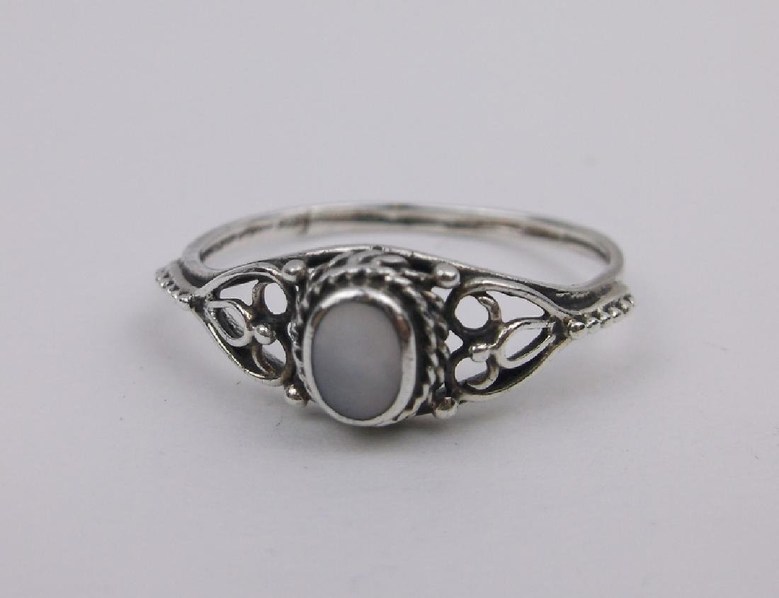 Stunning Sterling Silver MOP Ring 8