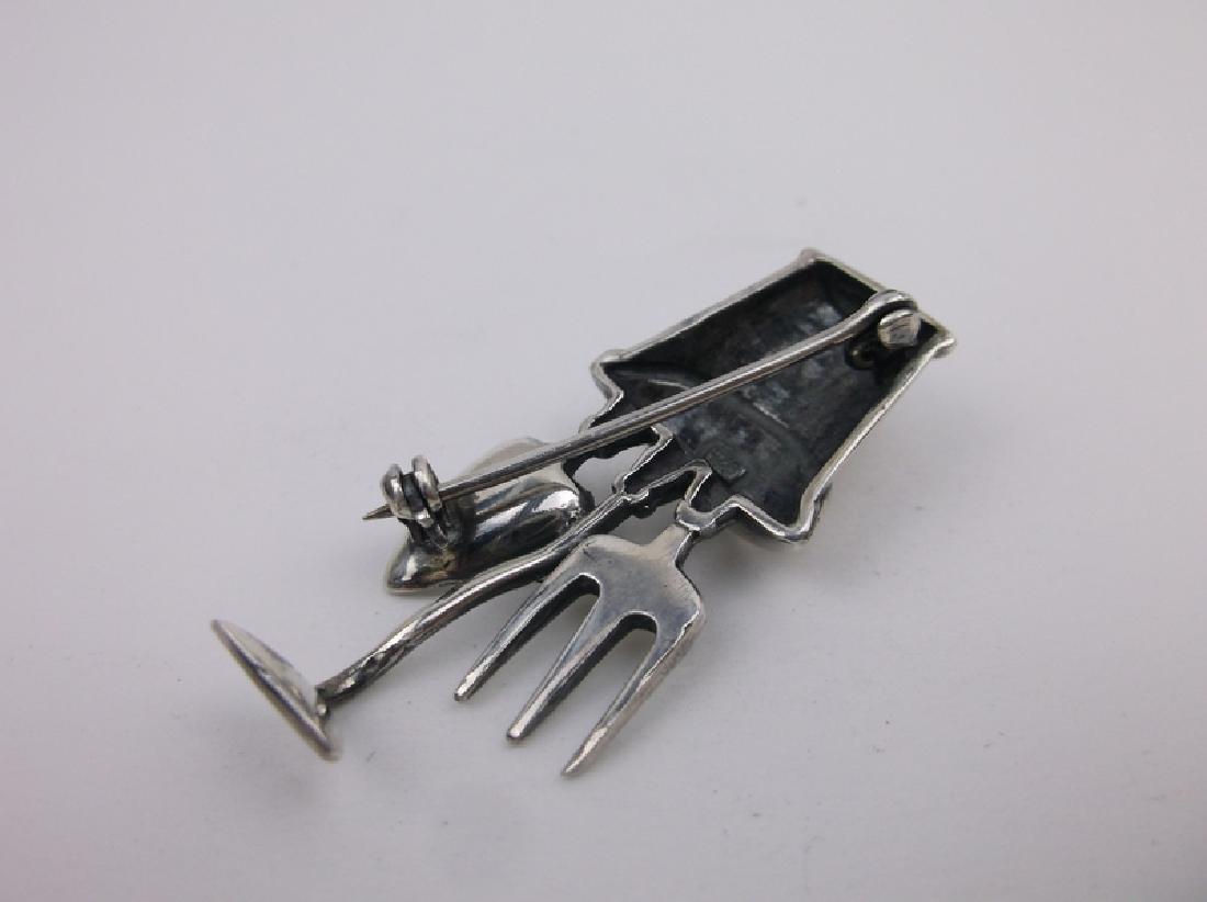 Stunning Sterling Silver Gardeners Brooch Heavy - 2