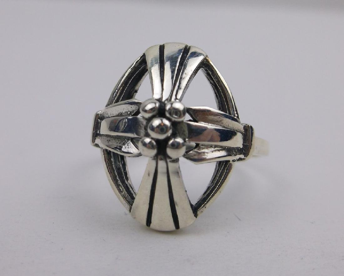 Stunning Sterling Silver Cross Ring 8