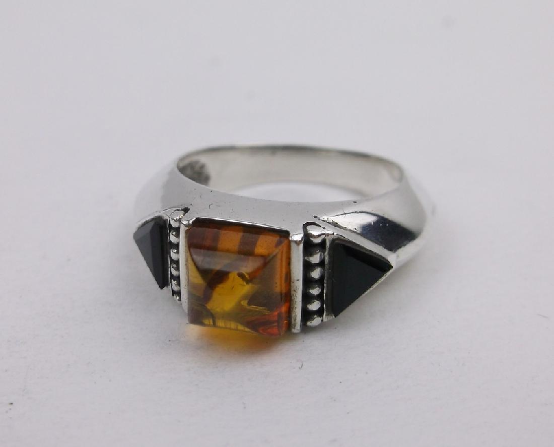 Stunn Sterling Silver Amber Onyx Ring 6