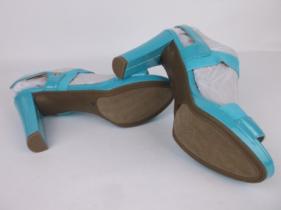 New Hot Blue Liz Claiborne Heels Size 8 - 3