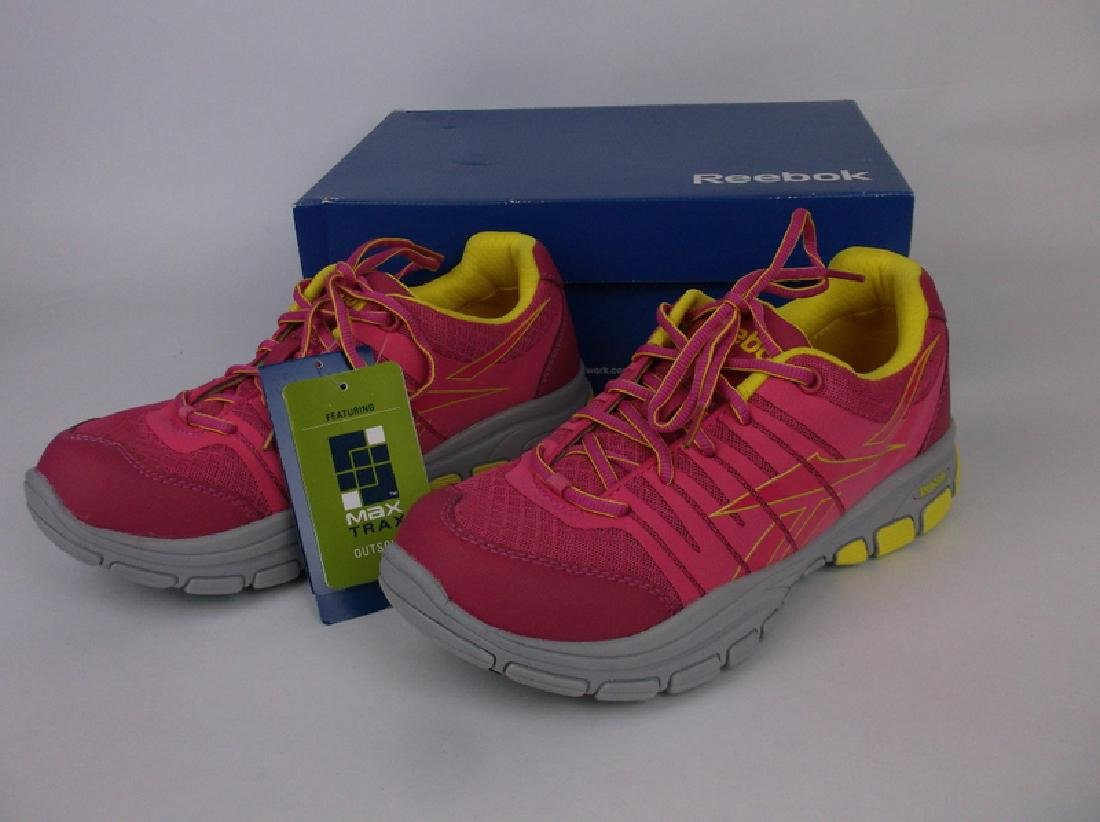New In Box Womens Reebok Pink Shoes Size 10