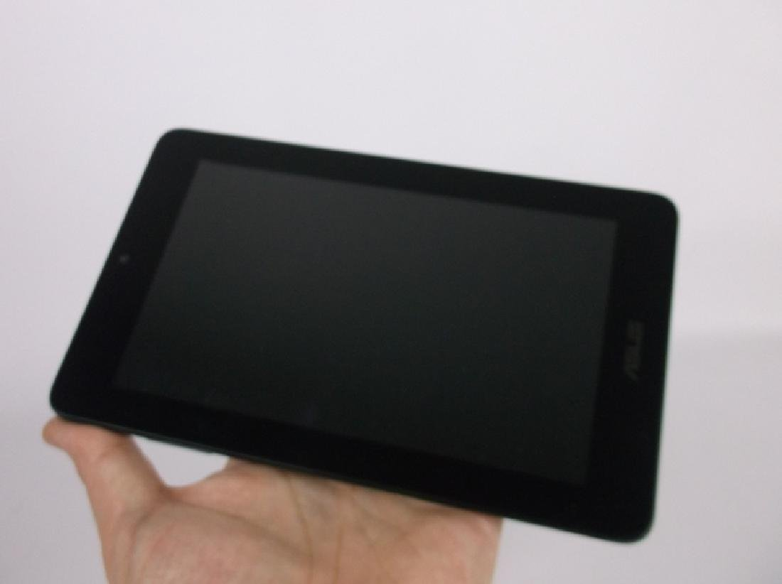 New Asus Memo Pad Tablet with Charger - 2