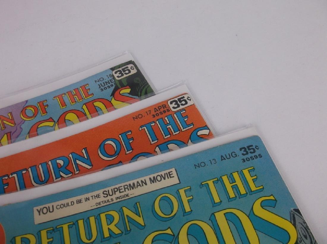 3 Nice 1978 DC New Gods Comic Books - 2