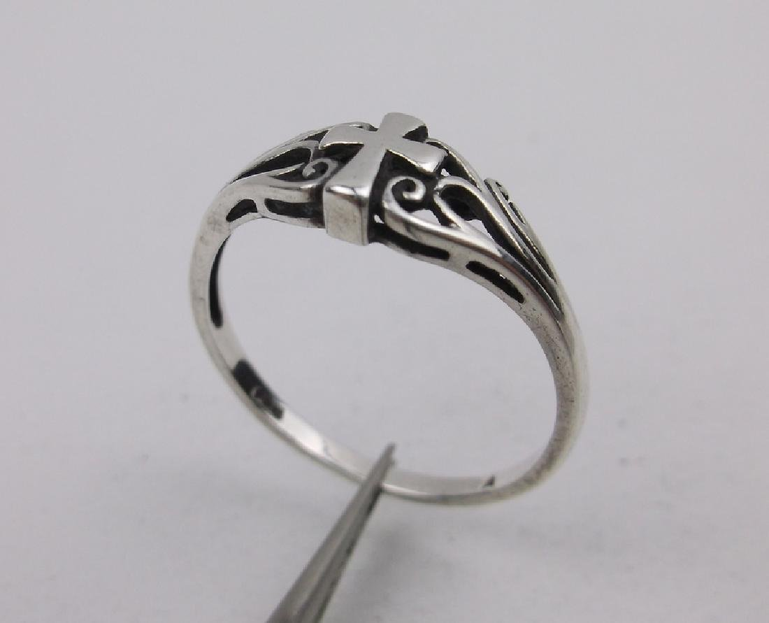 Gorgeous Sterling Silver Cross Ring 10