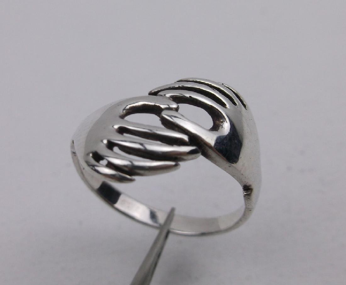 Stunning Sterling Silver Hands Ring 6