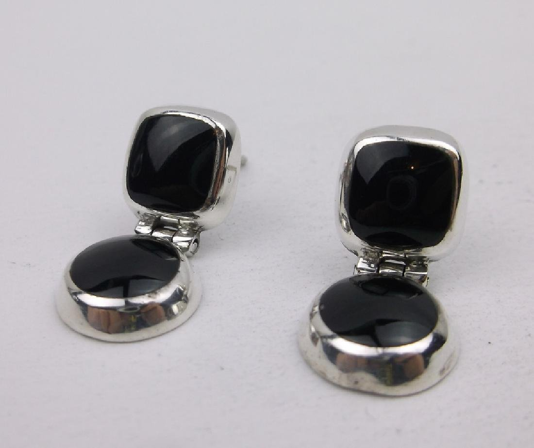 Gorgeous Sterling Silver Onyx Stud Earrings