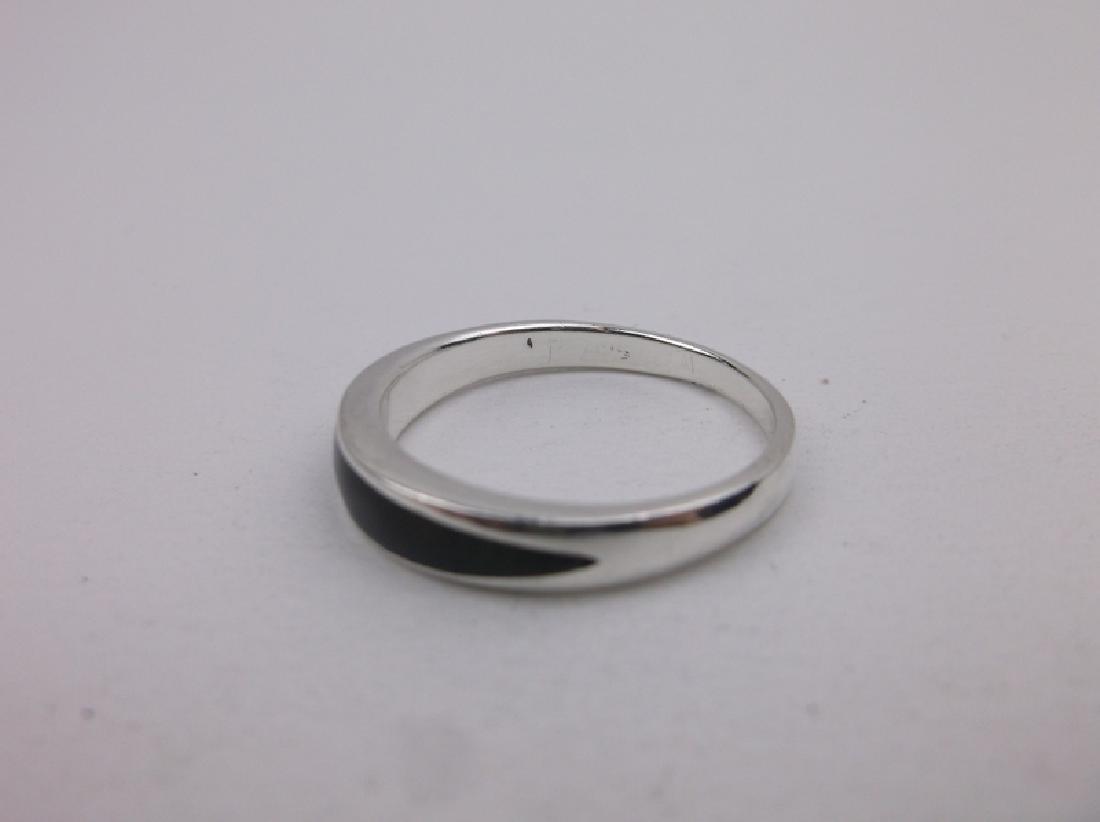 Stunning Sterling Silver Onyx Ring 8 - 2