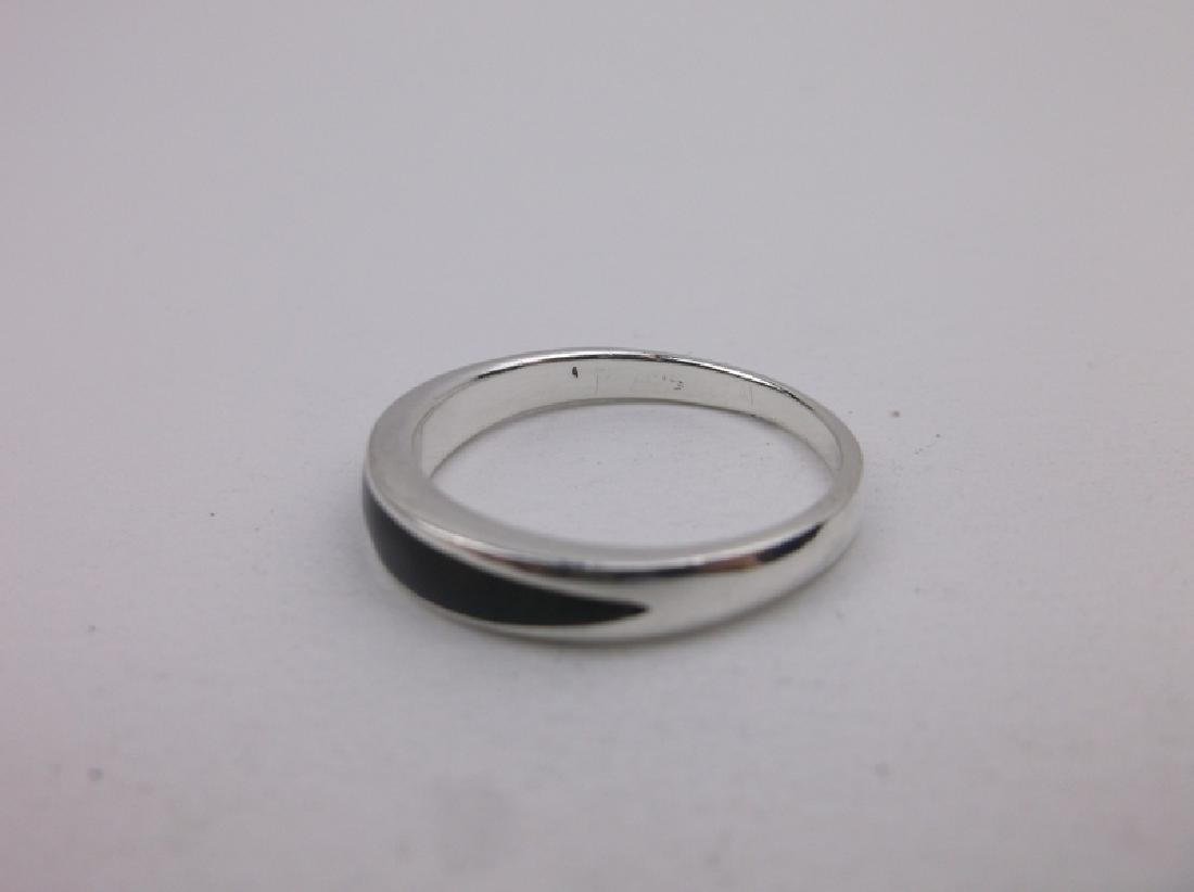 Stunning Sterling Silver Onyx Ring 8 - 2