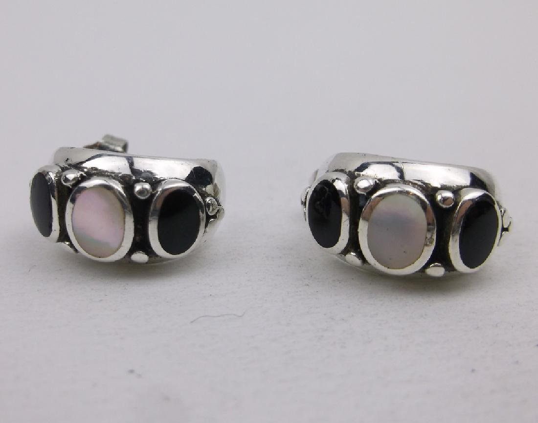 Stunning Sterling Silver Onyx Stud Earrings MOP