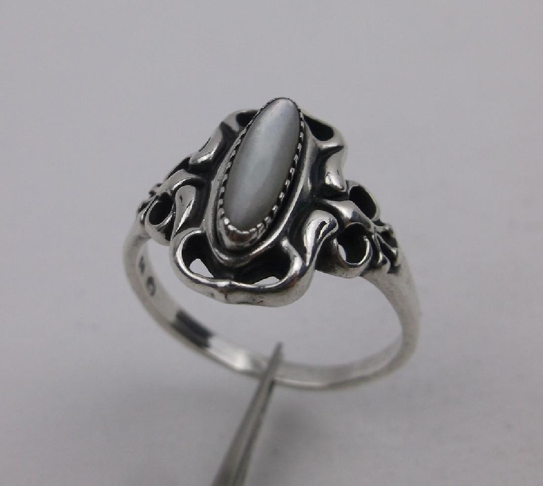 Gorgeous Vint Sterling Silver MOP Ring 8.5