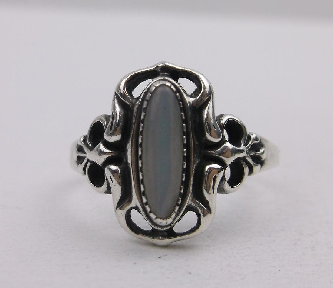 Gorgeous Vint Sterling Silver MOP Ring 8.5 - 2