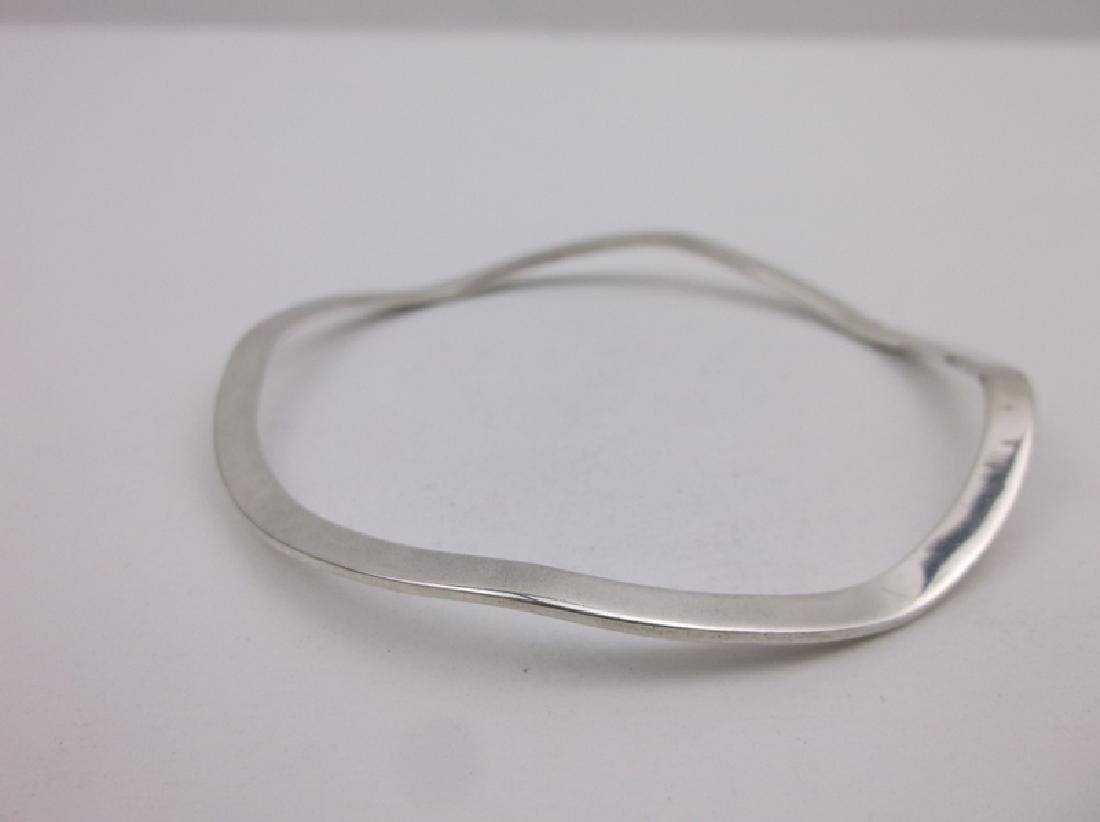 Taxco Sterling Wavy Bangle Bracelet TM-31 Gorgeous