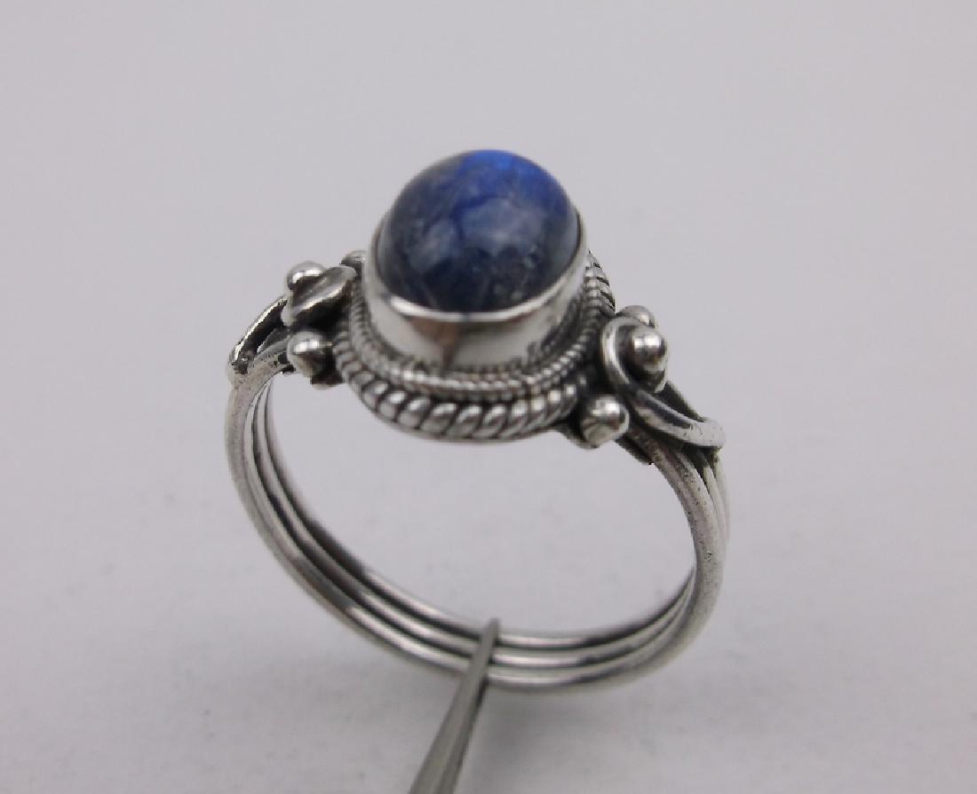 Stunning Sterling Silver Labradorite Ring 8