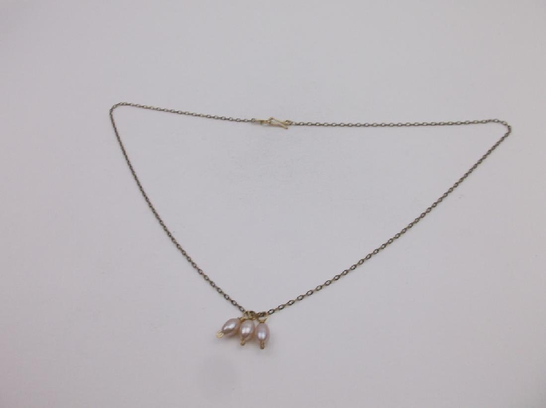 """Gorgeous 10kt Gold Pearl Necklace 17"""""""