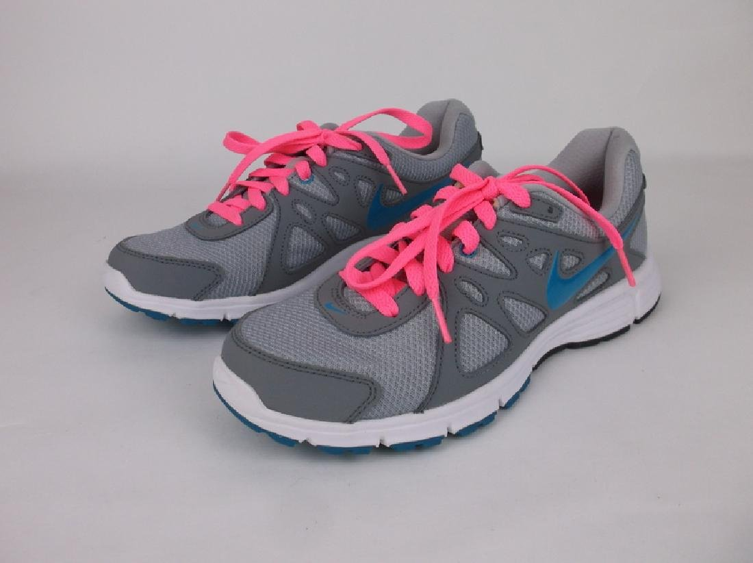 New Nike Revolution 2 Womens Shoes 9 Pink