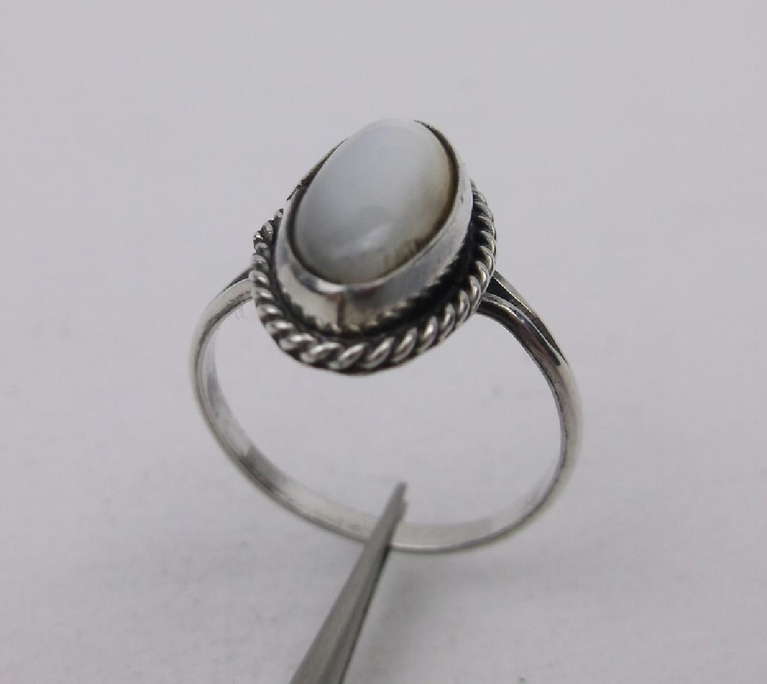 Stunning Navajo Sterling Silver MOP Ring 5.5