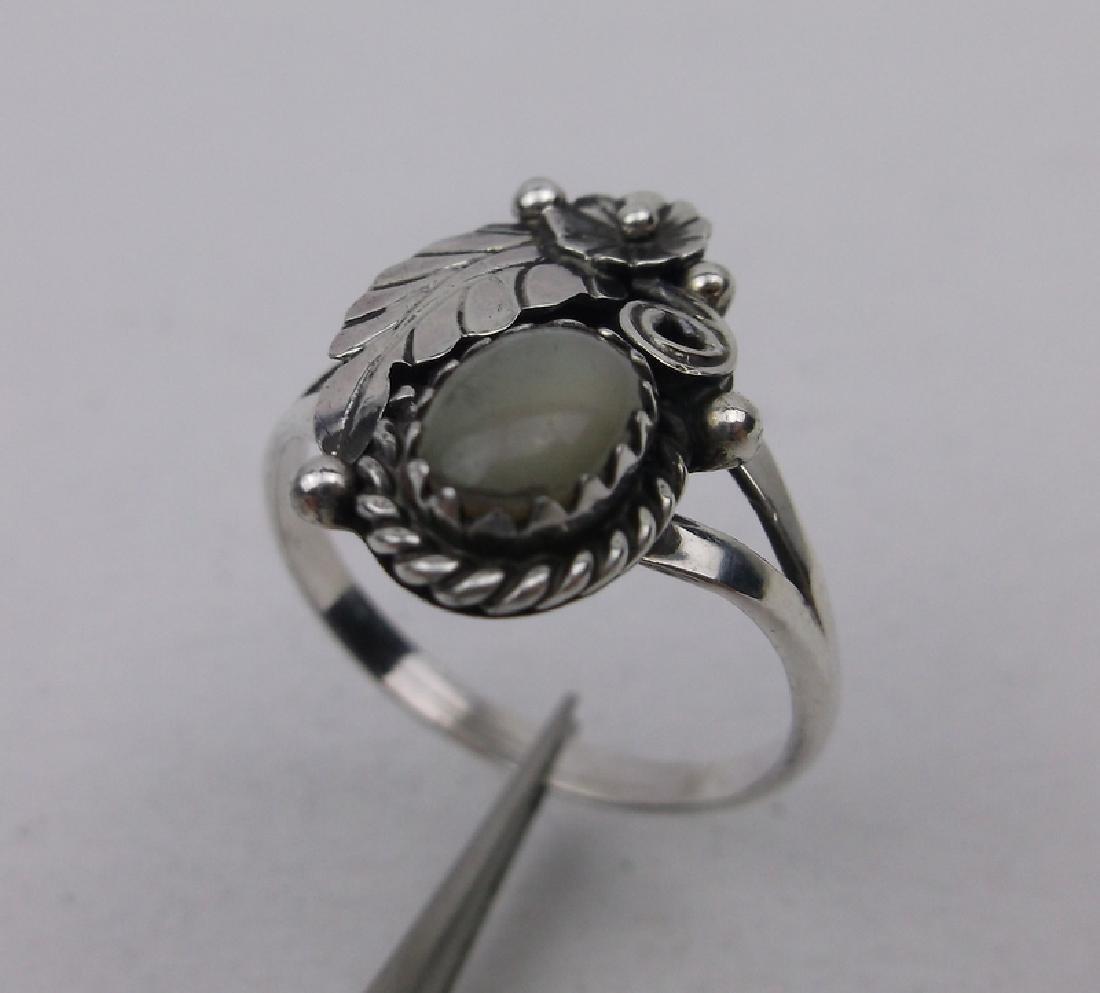 Navajo Sterling Silver MOP Ring 6.5 Yazzie Y