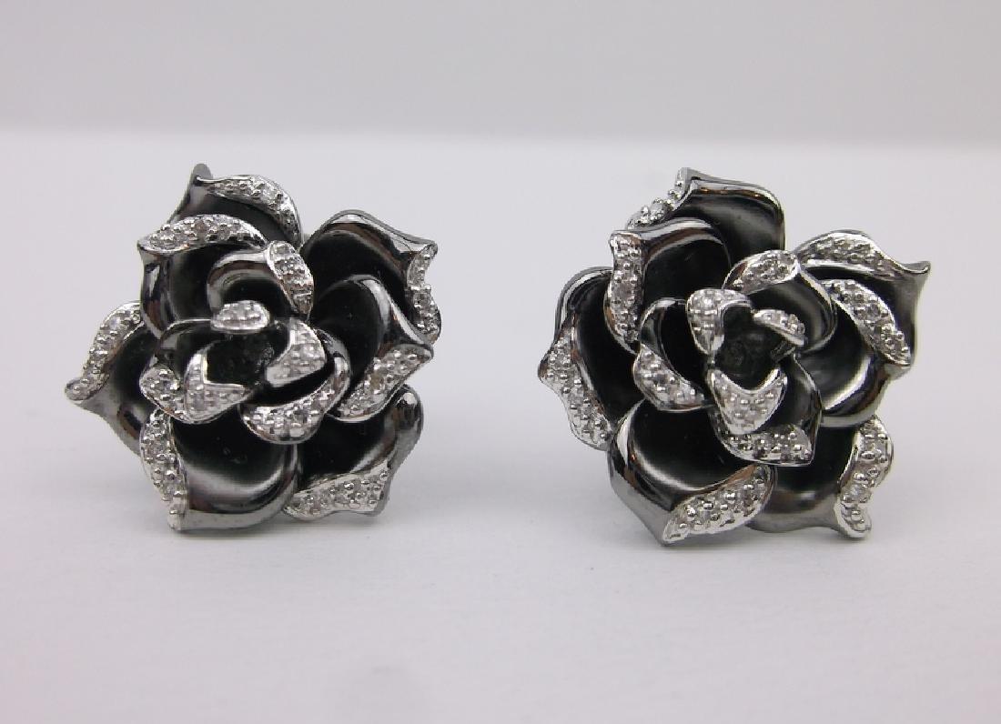 Stunning 14kt Gold Diamond Rose Earrings 9g