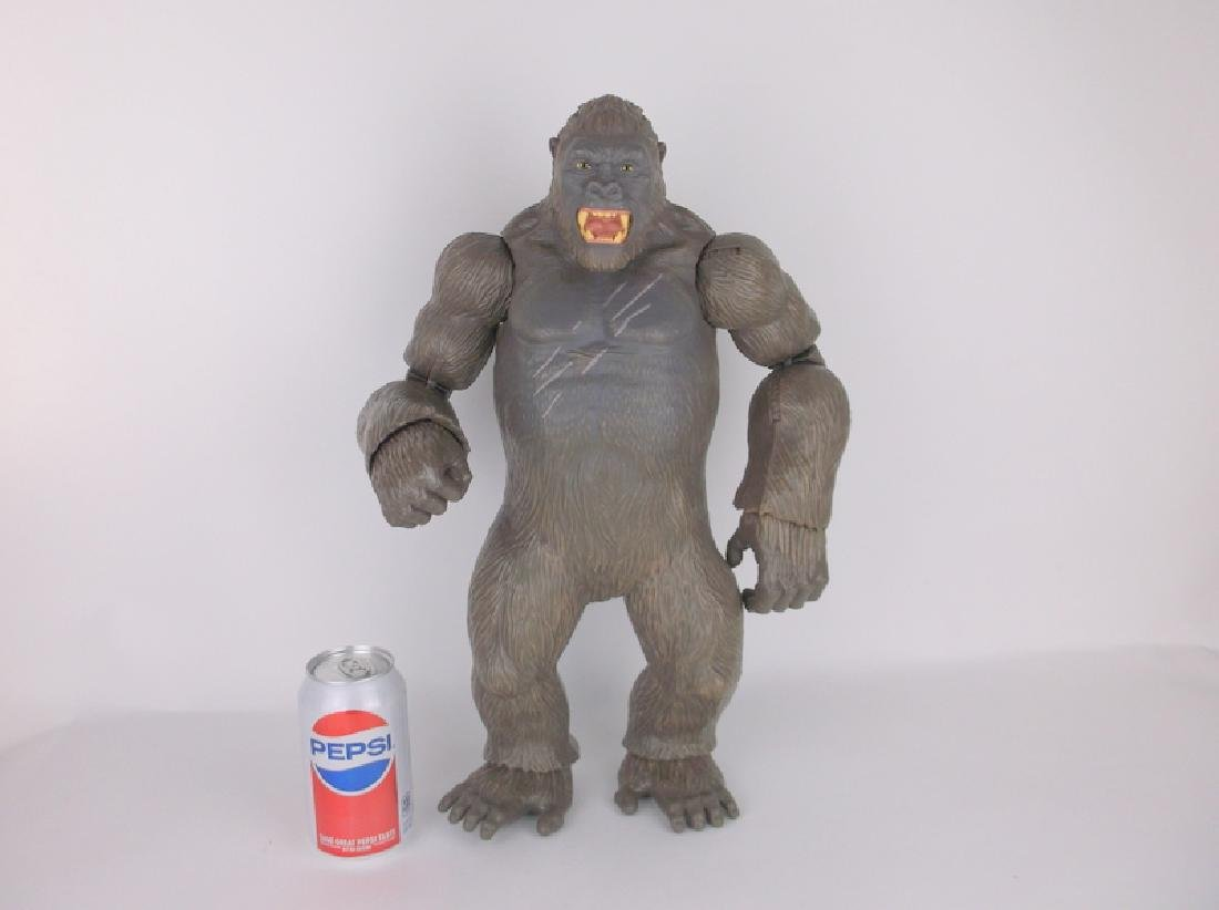 Huge King Kong Poseable
