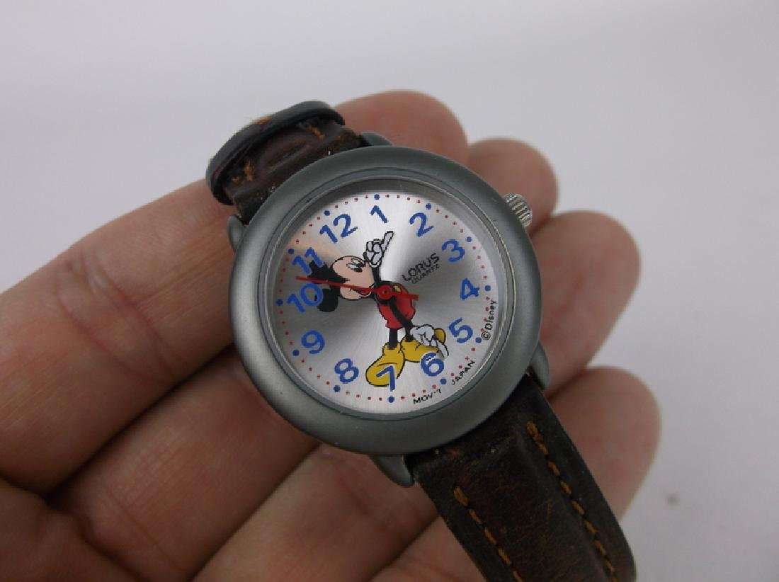 Nice Disney Lorus Mickey Mouse Wristwatch - 2