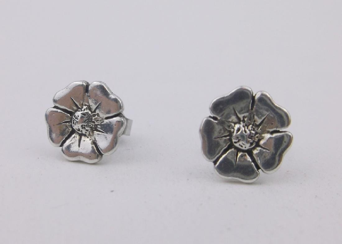 Gorgeous Sterling Silver Plumeria Earrings