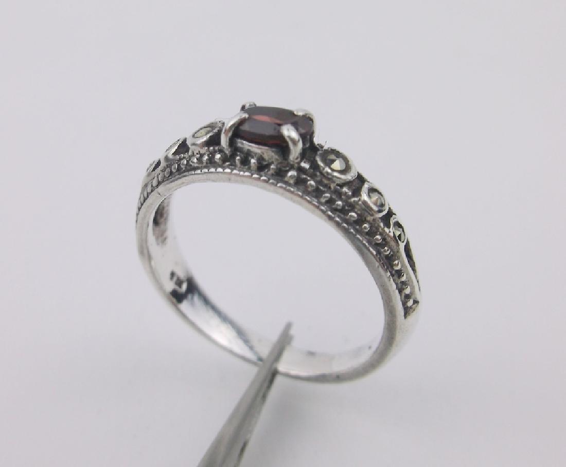 Stunning Sterling Silver Garnet Ring 6.5