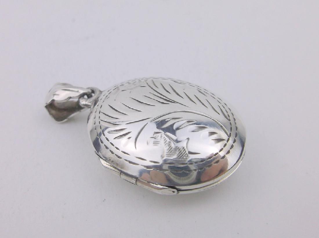 Stunning Sterling Silver Locket Pendant